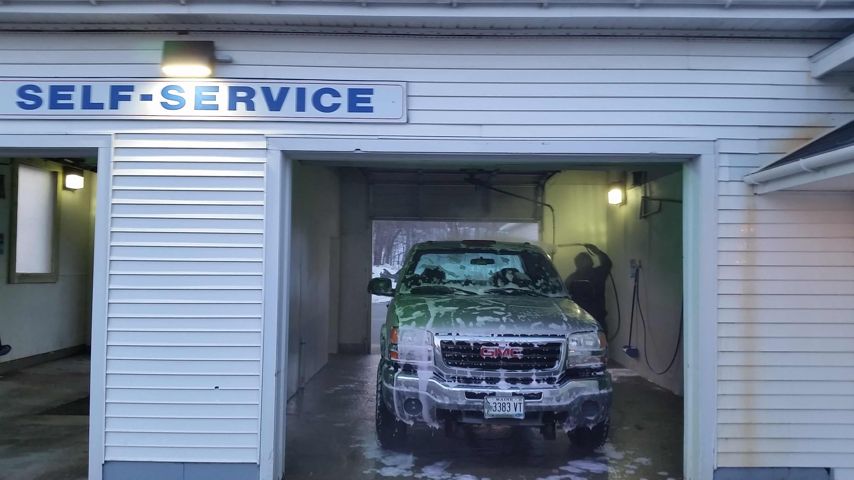 20170330 185944 farmington car wash for Self auto niortais garage automobiles niort